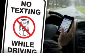 Six Tips to Keep Your Teen from Texting and Driving - Miami Car Accident Attorney