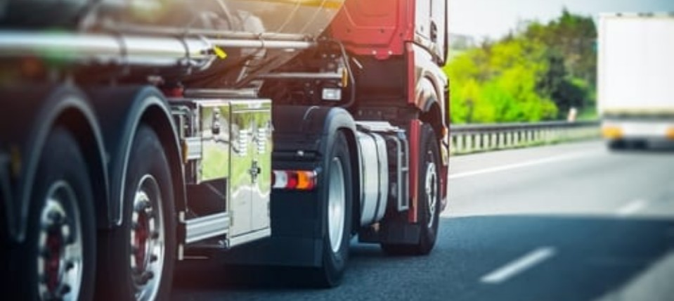 4 Types of Commercial Truck Accidents - Miami Truck Accident Lawyer